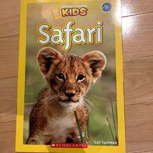 FREE w 3+ bundle National Geographic Kids Safari